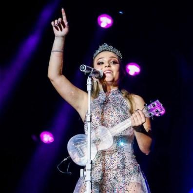 show-da-cantora-larissa-manoela-9306_349625_162182-998x700.jpg